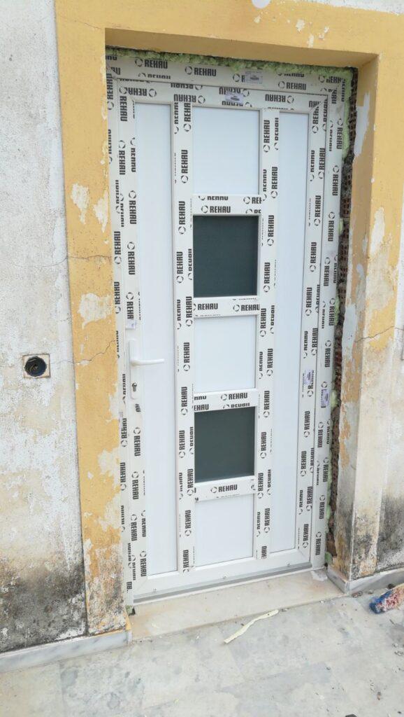 πόρτα Pvc τεχνοπάν