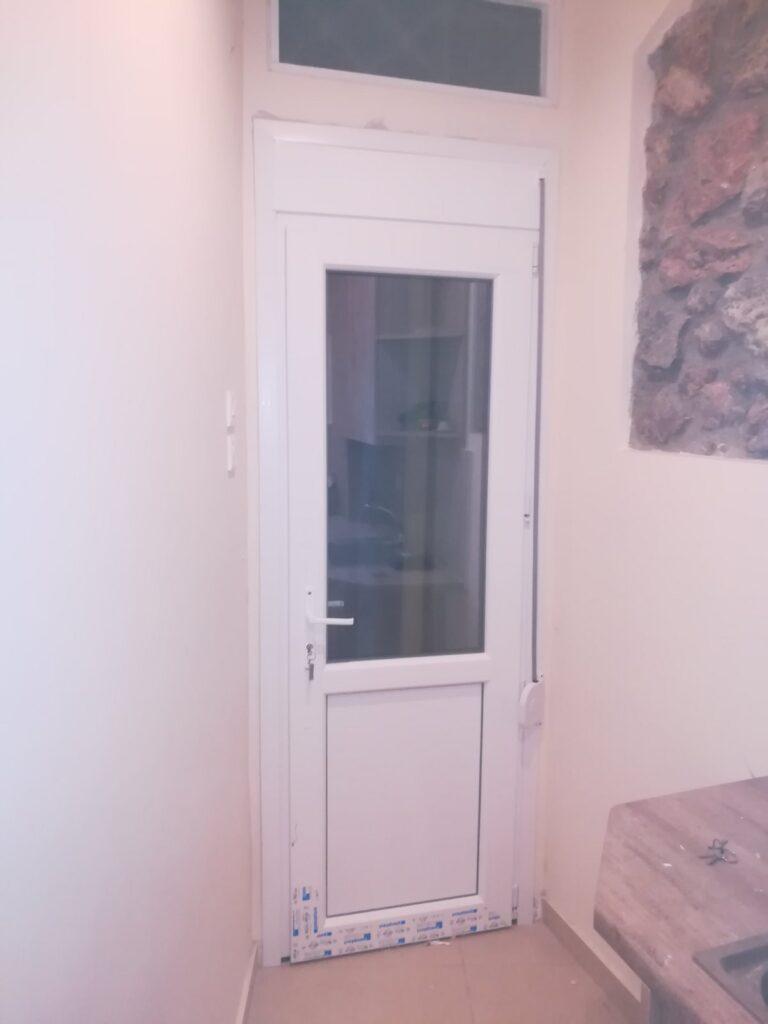 πόρτα κήπου pvc