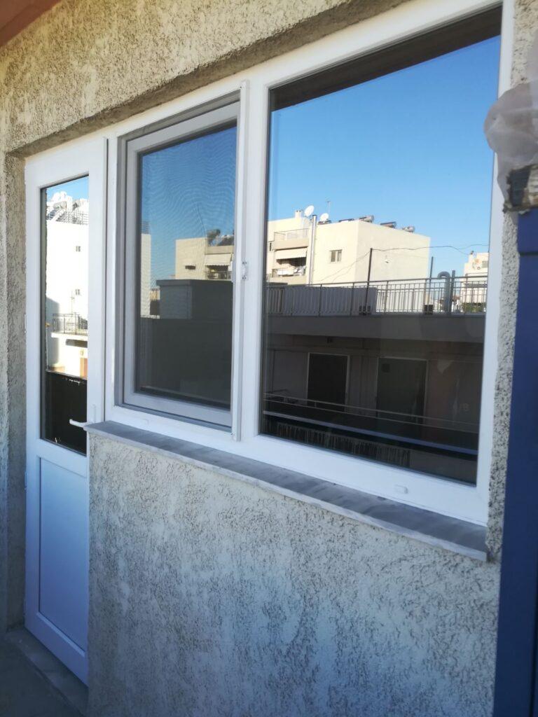 κουζινόπορτα και παράθυρα Pvc μοσχάτο
