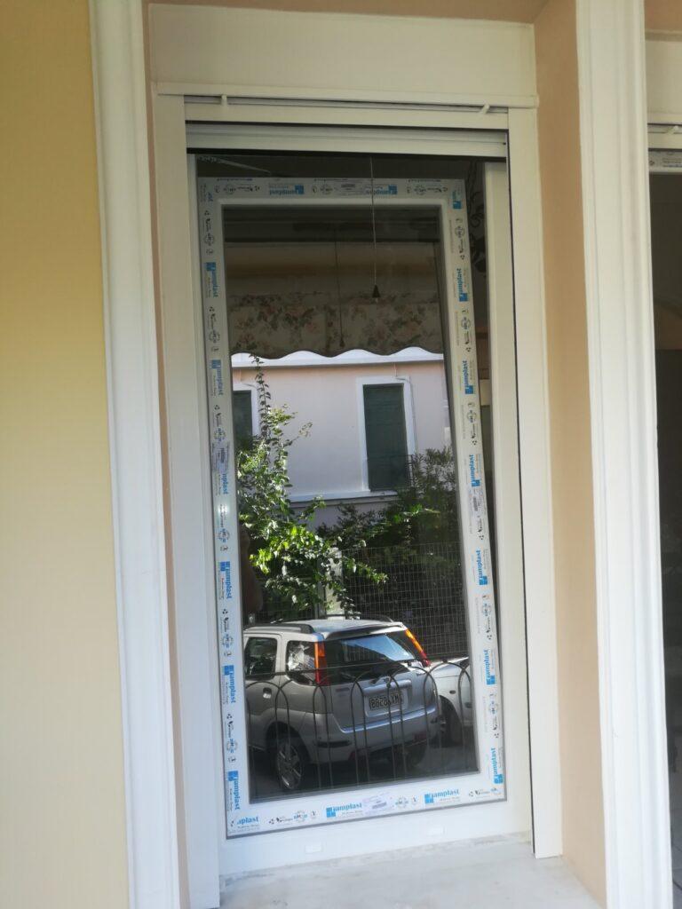 μονό παράθυρο pvc