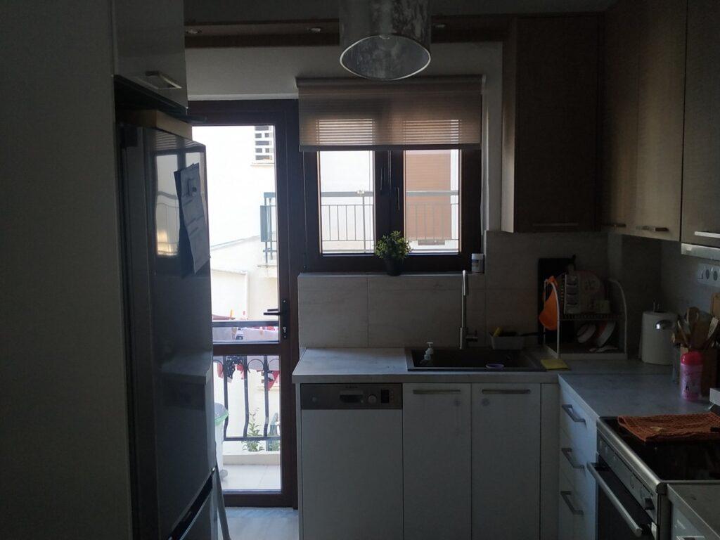 κουζινόπορτα με παράθυρα Pvc