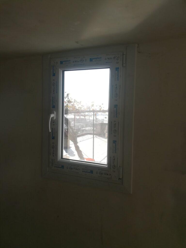 παράθυρο pvc τεχνοπαν πέραμα
